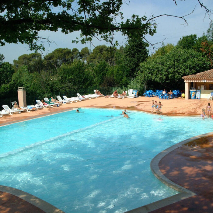Piscine au Camping Chantecler ★★★★ a Aix en Provence