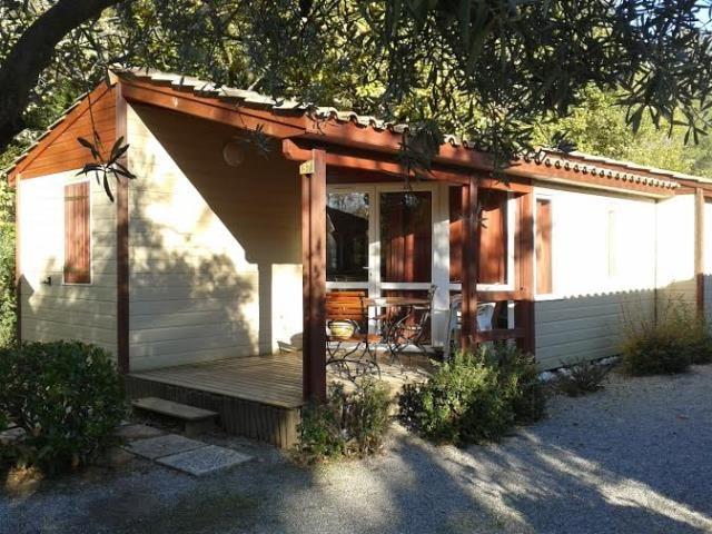 Location Chalet Détente - 5 personnes - 2 chambres - Camping Chantecler ★★★★ Aix en Provence (Sud de la France)