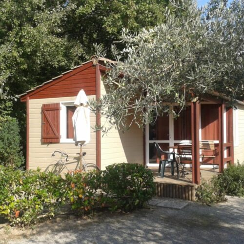 Location Chalet - Camping Chantecler ★★★★ Aix en Provence (Sud de la France)