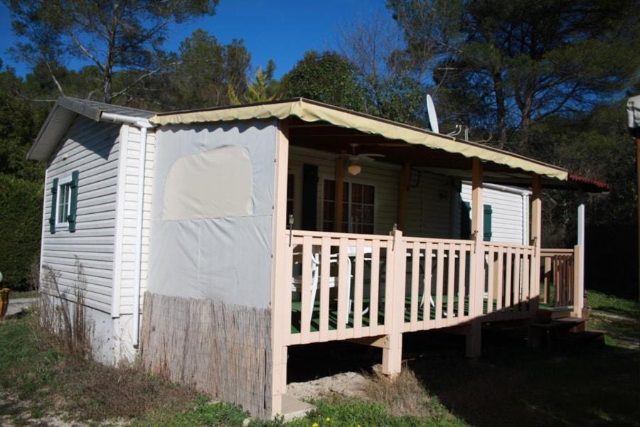 Mobil Home Cigalon - vue extérieure - Camping Chantecler ★★★★ Aix en Provence (Sud de la France)