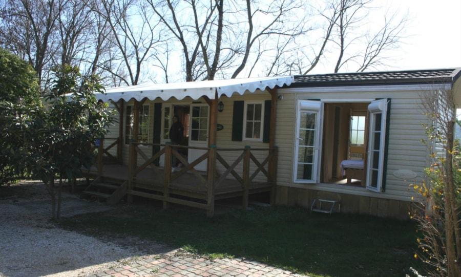 Mobil Home Castelane - terrasse - Camping Chantecler ★★★★ Aix en Provence (Sud de la France)