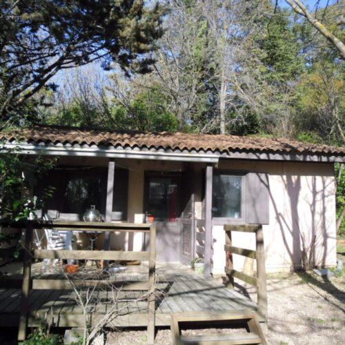 Location Chalet Cottage 128 - 3 personnes - 2 chambres - Camping Chantecler ★★★★ Aix en Provence (13)